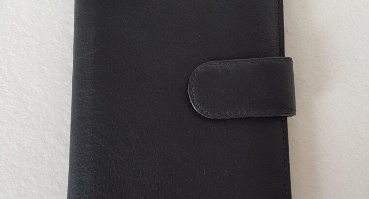 Sehr schönes Etui aus Leder zum Aufbewahren von Karten 24×12 cm