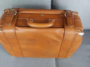 Reisetasche aus SKAI, braun