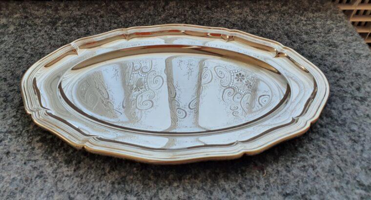 Versilbertes Servierplateau mit 3 Kristalleinlagen