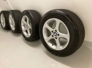 BMW 18 Zoll Sommerräder neuwertig