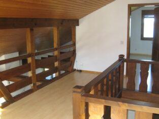 Schöne 4.5 Zimmer-Maisonette Wohnung in Einsiedeln zu vermieten.