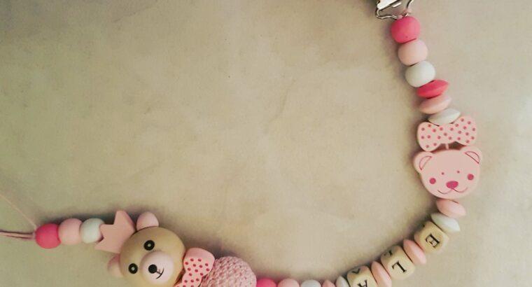Liebevoll handgemachte Nuggiketten