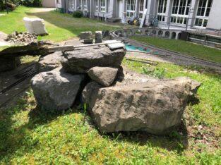 Grosse Steine zu verschenken